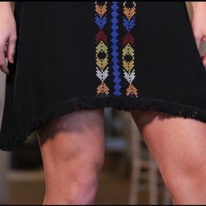 Infinity Raine Dresses - Infinity Raine Black Boho Open Shoulder Dress SZ S